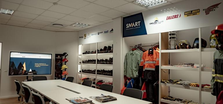 Equipment provided by Smart Multiserviços LDA
