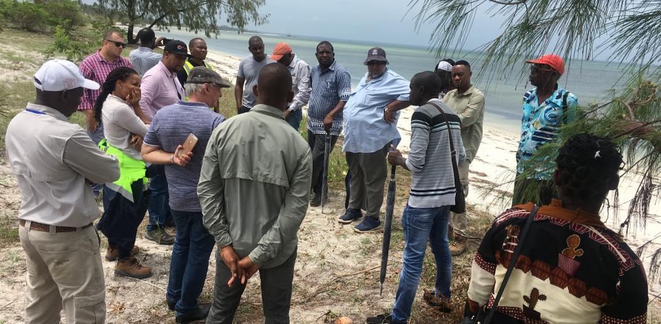 Exchanging ideas about fisheries livelihoods restoration