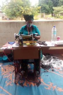 Tailors making facemasks